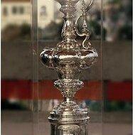 Trophée de l'America's Cup © Bob Cuvarrubias
