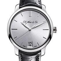 H. Moser & Cie: Monard Date