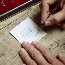 Piaget : Altiplano 38 mm marqueterie de bois & nacre