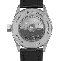 Blancpain: Fifty Fathoms Bathyscaphe Quantième Annuel