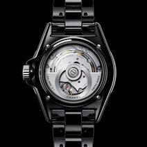 Chanel: J12