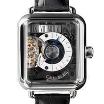 Swiss Alp Watch Minute Rétrograde square