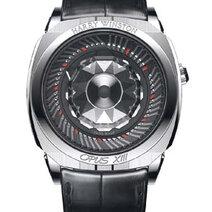 2013 Harry Winston collabore avec l'horloger indépendant Ludovic Ballouard pour l'Opus XIII