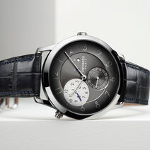 Hermès: Slim GMT