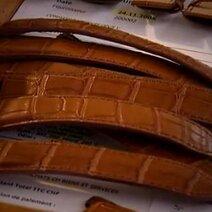 Le Fabricant de bracelets en cuir © FHH