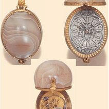 Germany, circa 1640. Very rare miniature gilt brass and striated agate stackfreed watch © Antiquorum