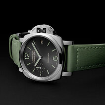 Panerai: Luminor Due 3 Days Automatic Acciaio — 38 mm
