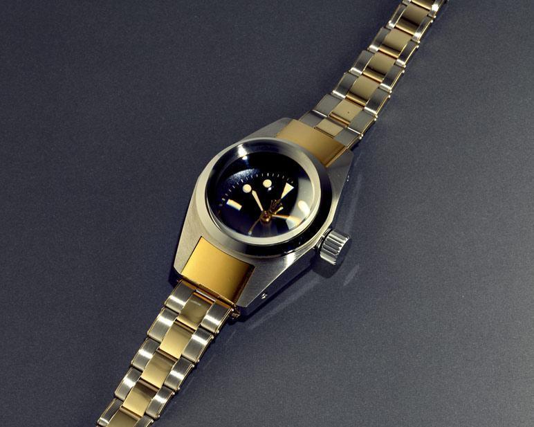 Montre-bracelet de profondeur