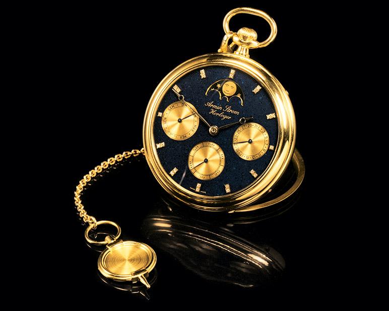 Armin Strom: Gold pocket watch